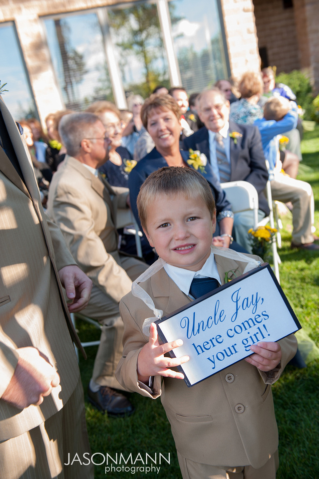Jason Mann Photography - Door County Wedding Sign, Here Comes Your Bride