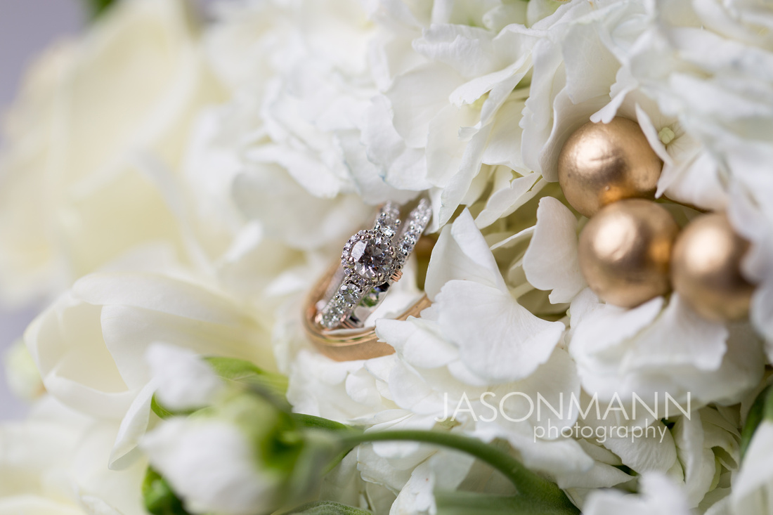 Door County Wedding Rings & Door County Wedding Bouquets